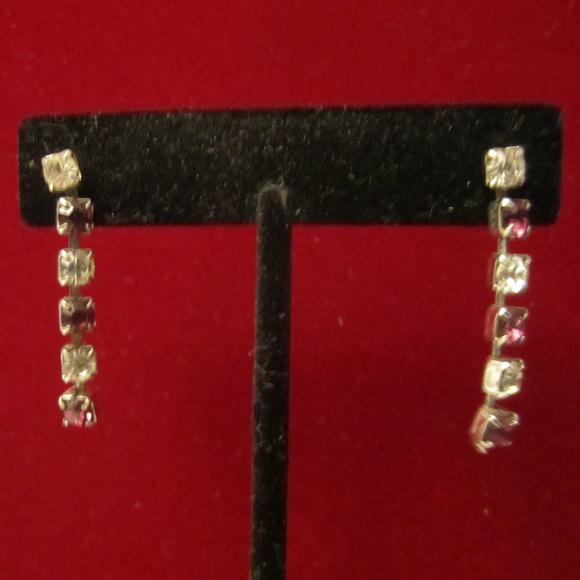 VTG Purple Crystal Rhinestone Dangle Earrings EUC